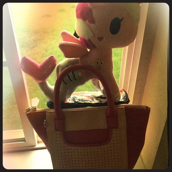 Charming Charlie Handbags - Small Pink Purse w lattice pouch W strap